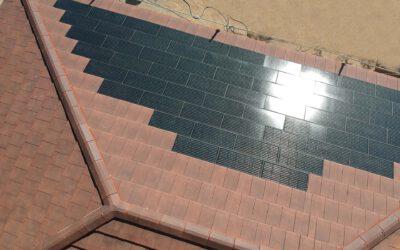 Casa Pasiva de madera con tejas solares